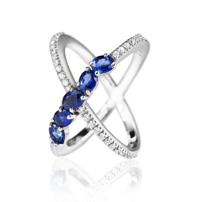 WHITE GOLD WHITE DIAMONDS BLUE SAPPHIRES RING
